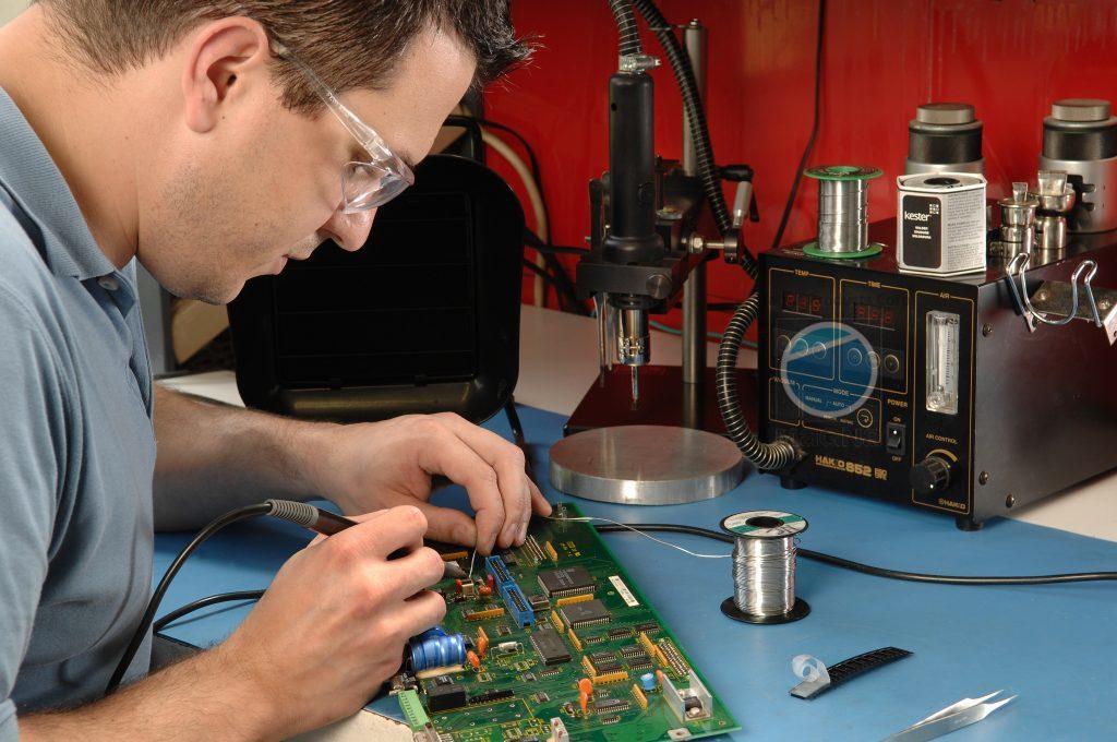 Magna Servo Repair Technician